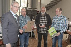 WHV-Präsident Dr. Michael Timm, Abteilungsleiter Jens Kriegel, Sportwart Kurt Pannicke und Jugendwart Markus Kartzig.